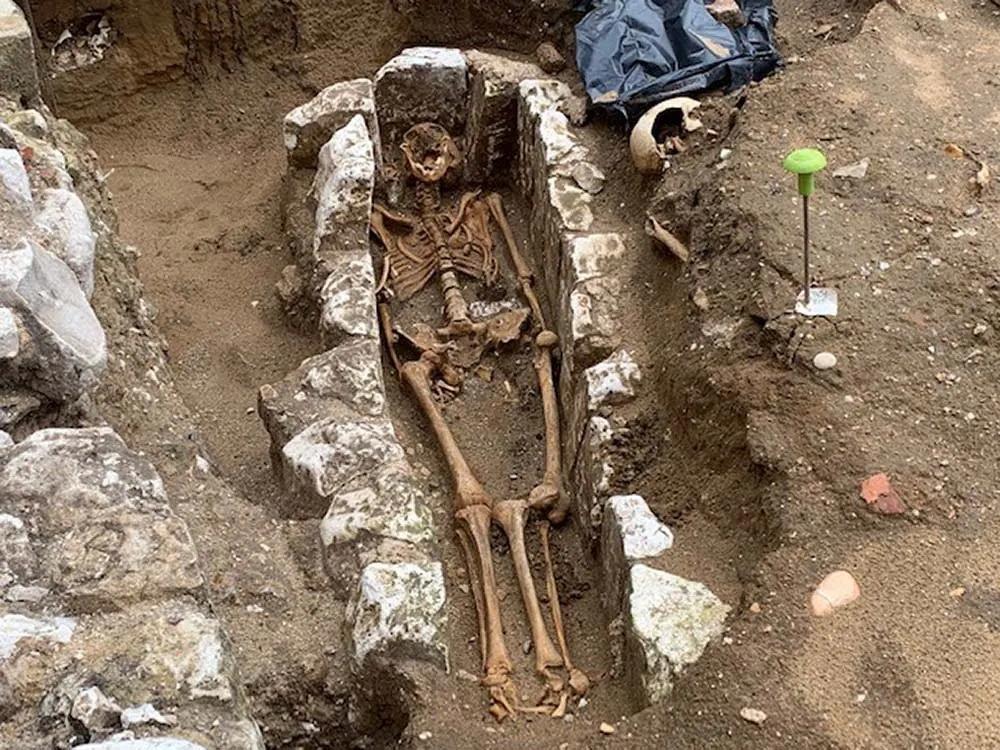 Skeleton_monk_WestminsterAbbey