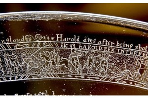 Bayeux Tapestry engraved on crystal bowl